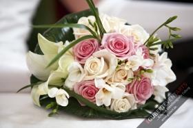 Hochzeitsstrauß_Blumendeko_037_wwwGUBERTde