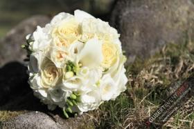 Hochzeitsstrauß_Blumendeko_074_wwwGUBERTde