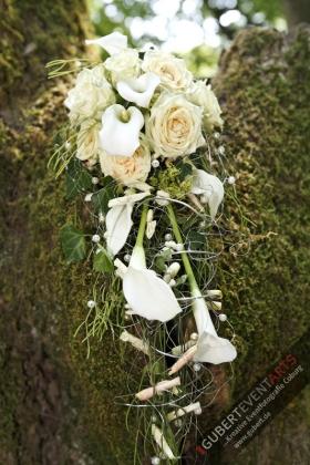Hochzeitsstrauß_Blumendeko_082_wwwGUBERTde