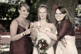 Gubert_Eventfotografie_Hochzeitsfotos_Sepia_159